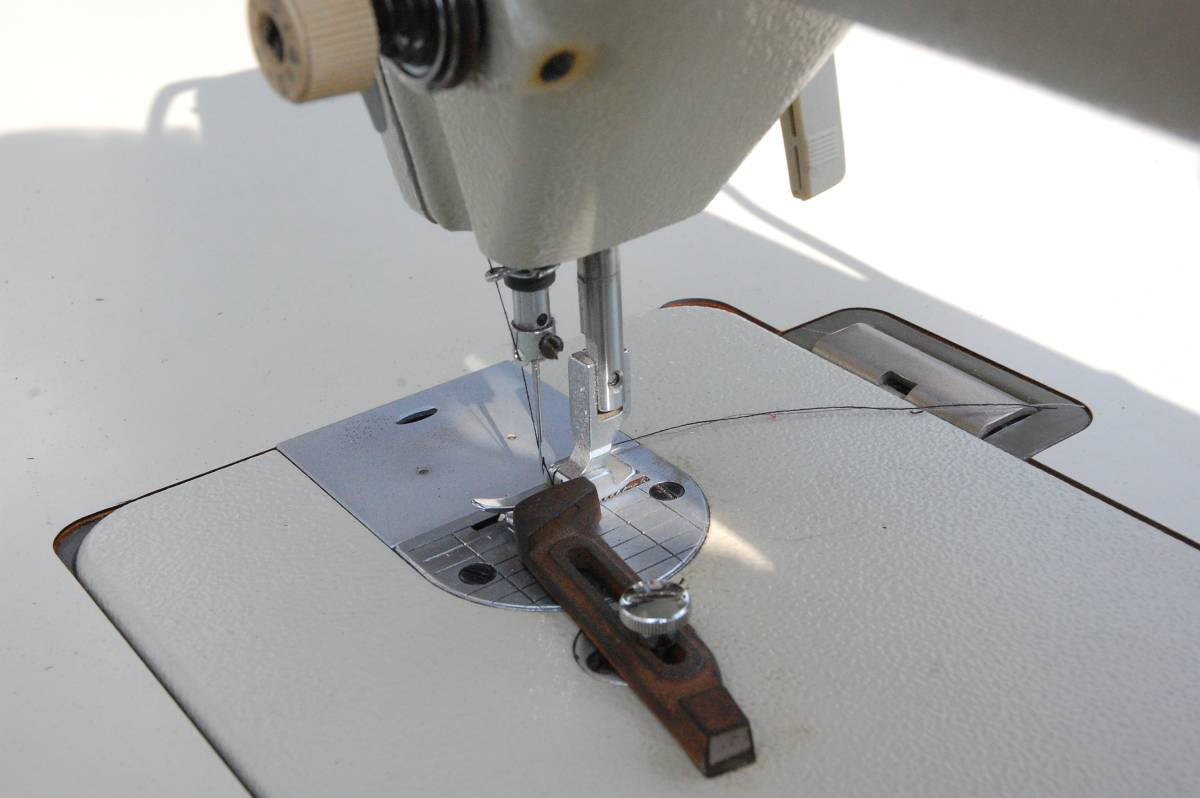 Why Is It Important To Select The Right Sewing Machine Supplier?