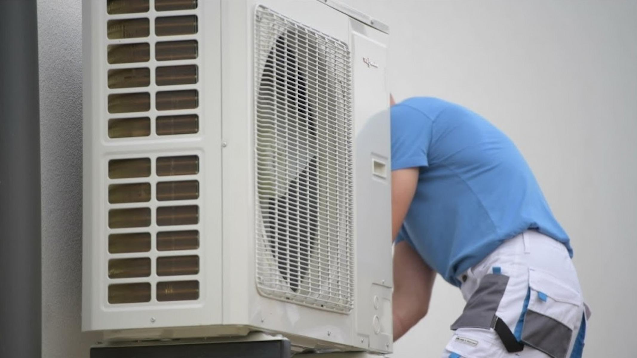 5 Things to Consider When Hiring Professionals for Air Conditioning Installation