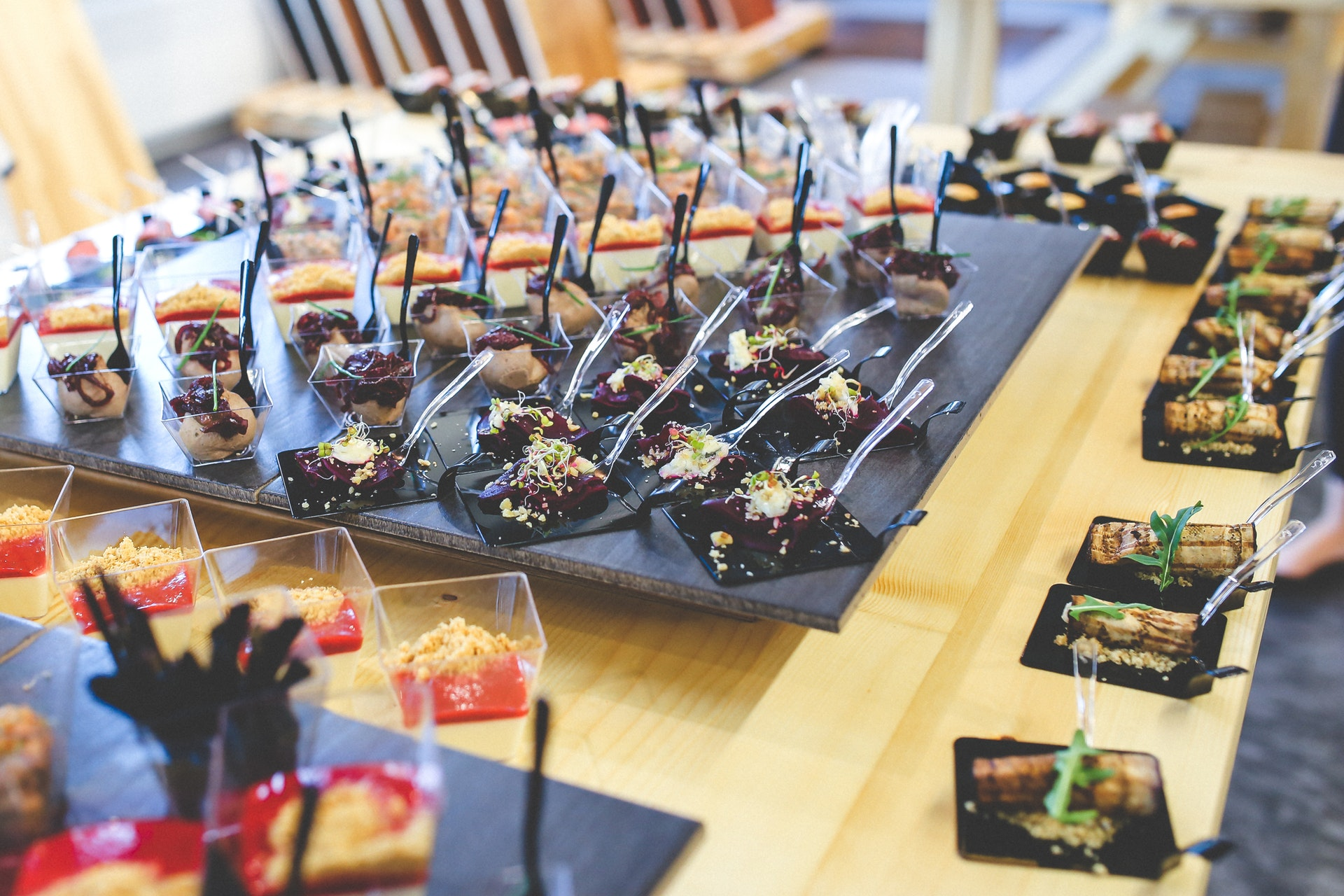 How To Choose The Best Catering Service For Your Occasion